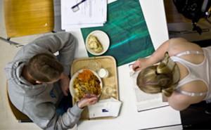 Perholaiset ruokailevat Malmicassa (Malmin kampus) tai Herkussa (Töölön kampus)