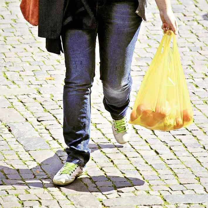 Kansainvälinen muovipussiton päivä 3. heinäkuuta